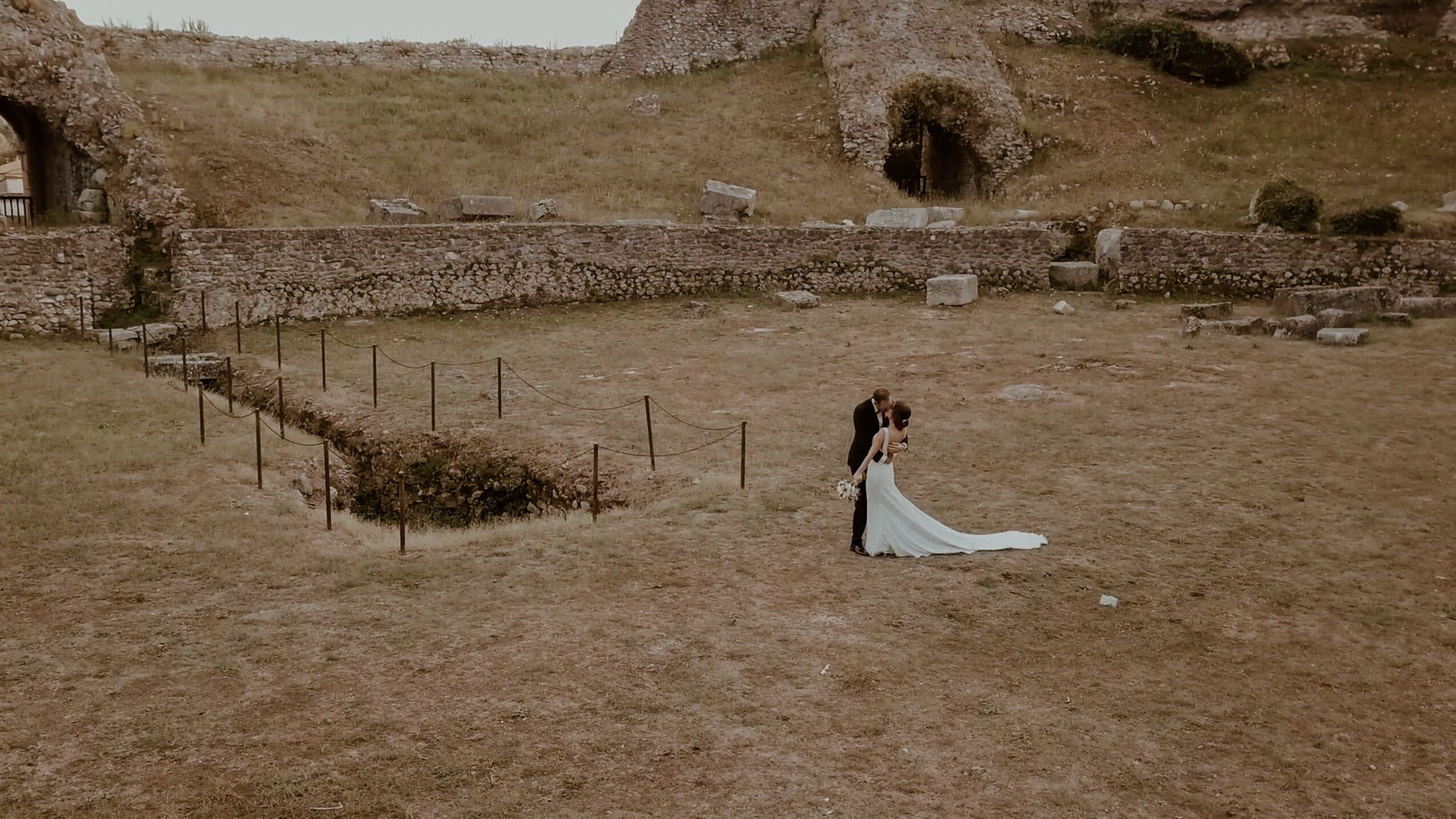 five unusual locations for a wedding in italy uai